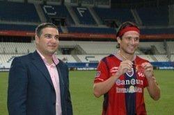 Peace_Cup_Noticia_Elias_mejor_jugador_Mlaga_Atlante