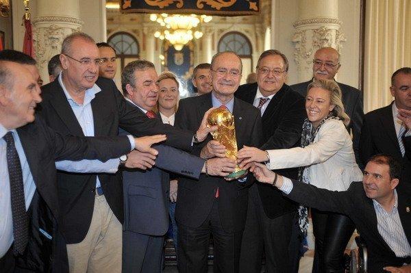copa_mundo_malaga_alcalde