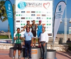 Podium Femenino Triatlon de Malaga12