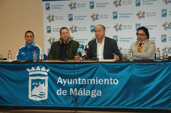 PRESENTACION DE LOS DOS DEPORTISTAS DEL CLUB OLYMPIC ART MALAGA CAMPEONES DEL MUNDO DE TAEKWONDO 02