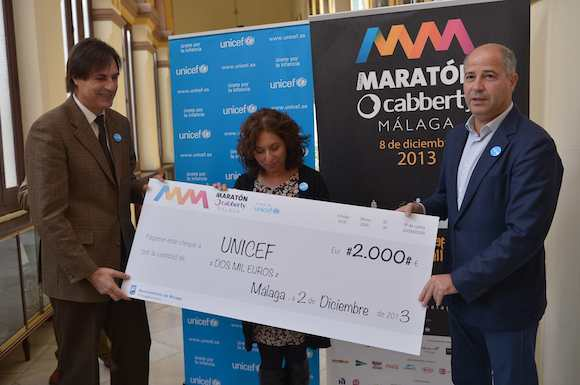 FIRMA DEL CONVENIO DE COLABORACION ENTRE EL AYUNTAMIENTO Y UNICEF A FAVOR DE LA INFANCIA