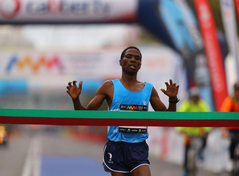 John Kipkorir Mutai Maratón Málaga 2015 800